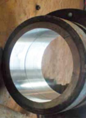 四辊轧机液压缸体修复
